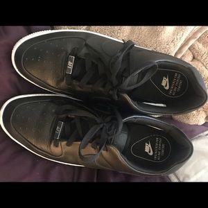 Nike Air Force 1 Sage Low sneakers, black